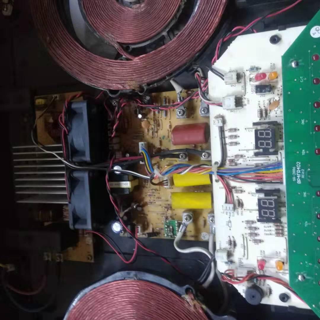 尚朋堂SPT-C22F2嵌入式电磁炉维修案例