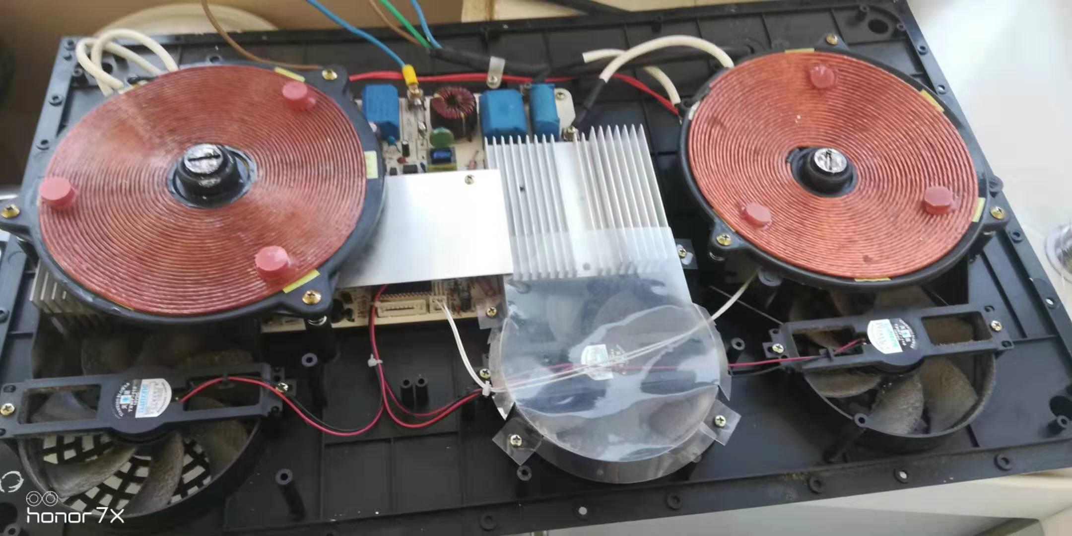 尚朋堂SPT-C25R触控电磁炉维修案例