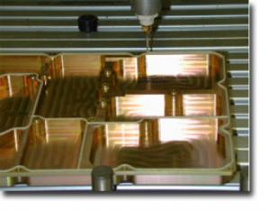 点胶加工是为了加强产品的EMI电磁屏蔽性能