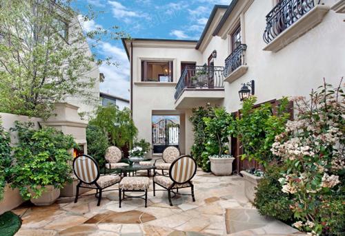 沈阳别墅庭院装修之重点:庭院花园设计,让生活更接近自然