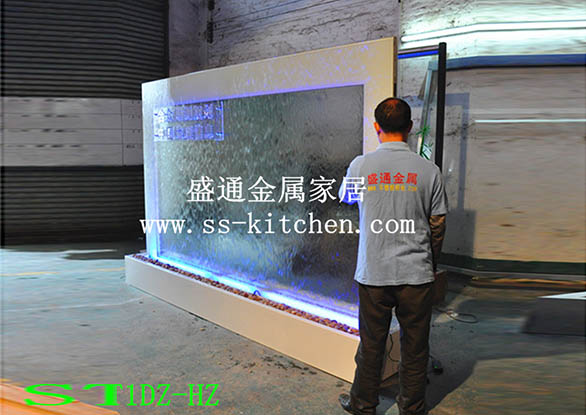 水幕墙工程案例-上海大众款双面流水玻璃水幕墙