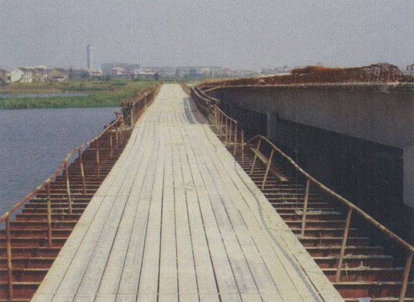 200型貝雷鋼梁面板
