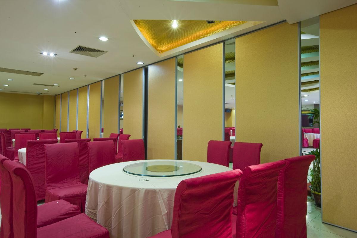 襄阳酒店餐厅包厢活动隔断墙批发价格