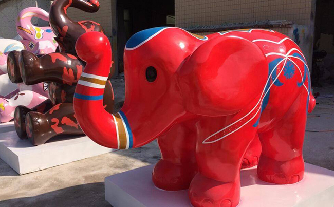 玻璃钢雕塑制作色彩要如何选择?