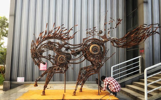 艺术装置雕塑