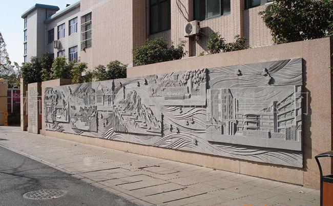 福建校園不銹鋼雕塑建設有什么意義?