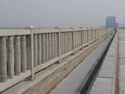 铁路防护栏供应