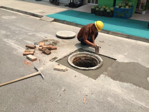 昆明道路窖井盖案例