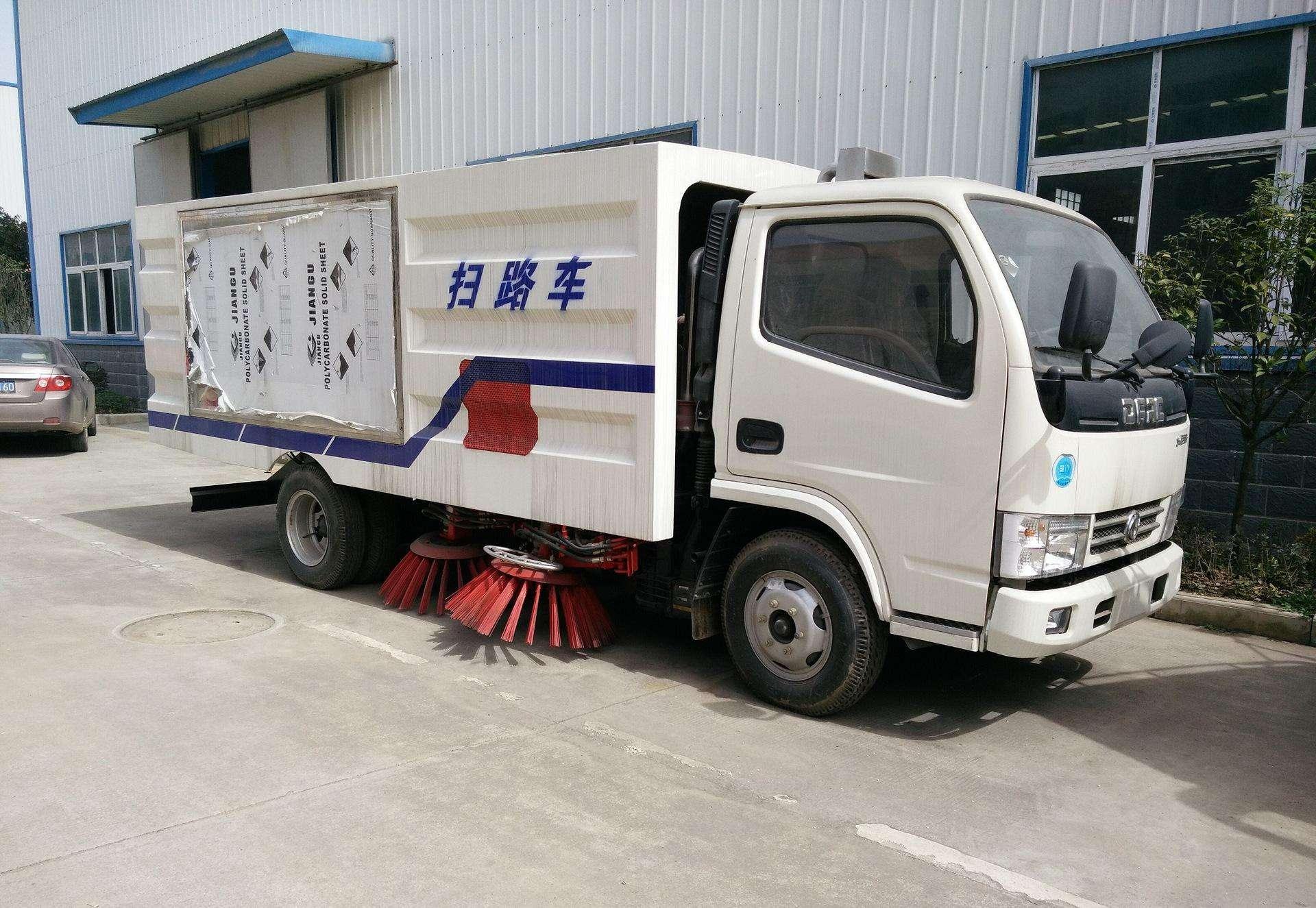 北京扫路车出租时检修阀体的注意事项有哪些