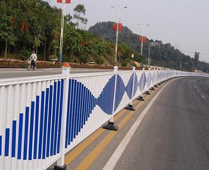 贵州防眩板道路护栏厂
