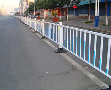 铝合金围墙护栏