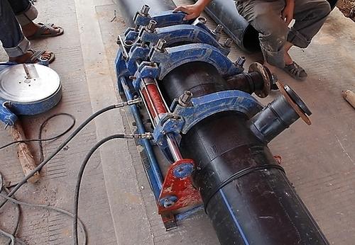 PE给水管和PPR管的正确连接方法