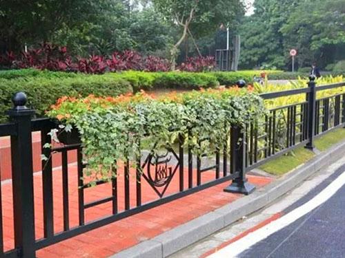 庭院围栏有哪些设计要点