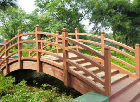 西双版纳公园防腐木桥生产厂家