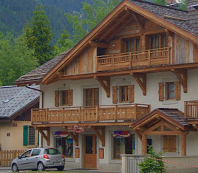 中式木屋别墅