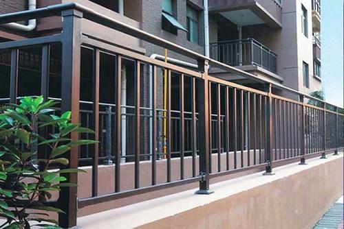 组装阳台护栏