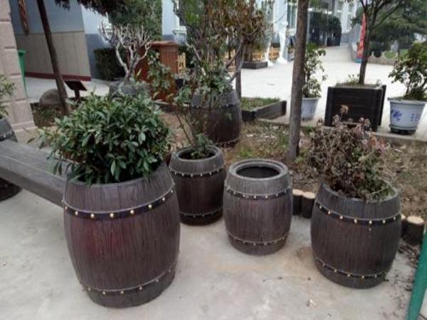 三台水泥仿木花箱模具