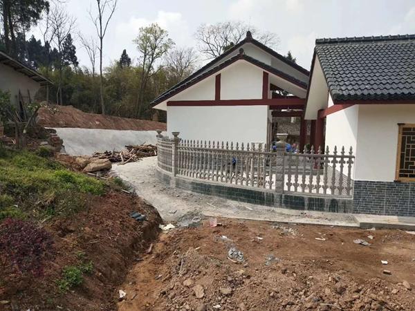 阳台水泥栏杆