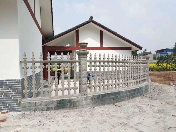 三台阳台水泥栏杆