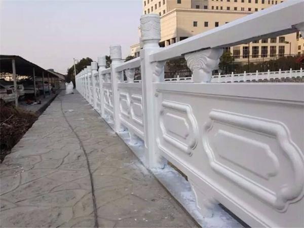 水泥护栏安装使用需要注意的事项