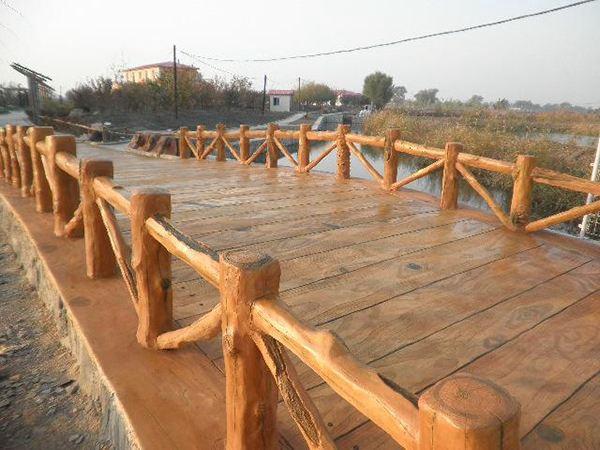 三台水泥仿木护栏