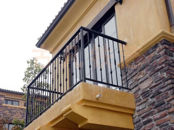 三台围墙铁艺护栏
