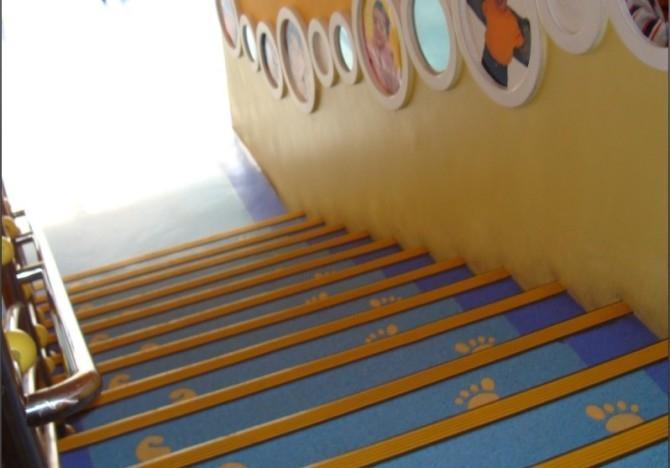 西安塑胶地板安装要求和流程
