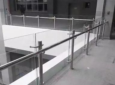 不锈钢护栏的特点和优缺点有哪些