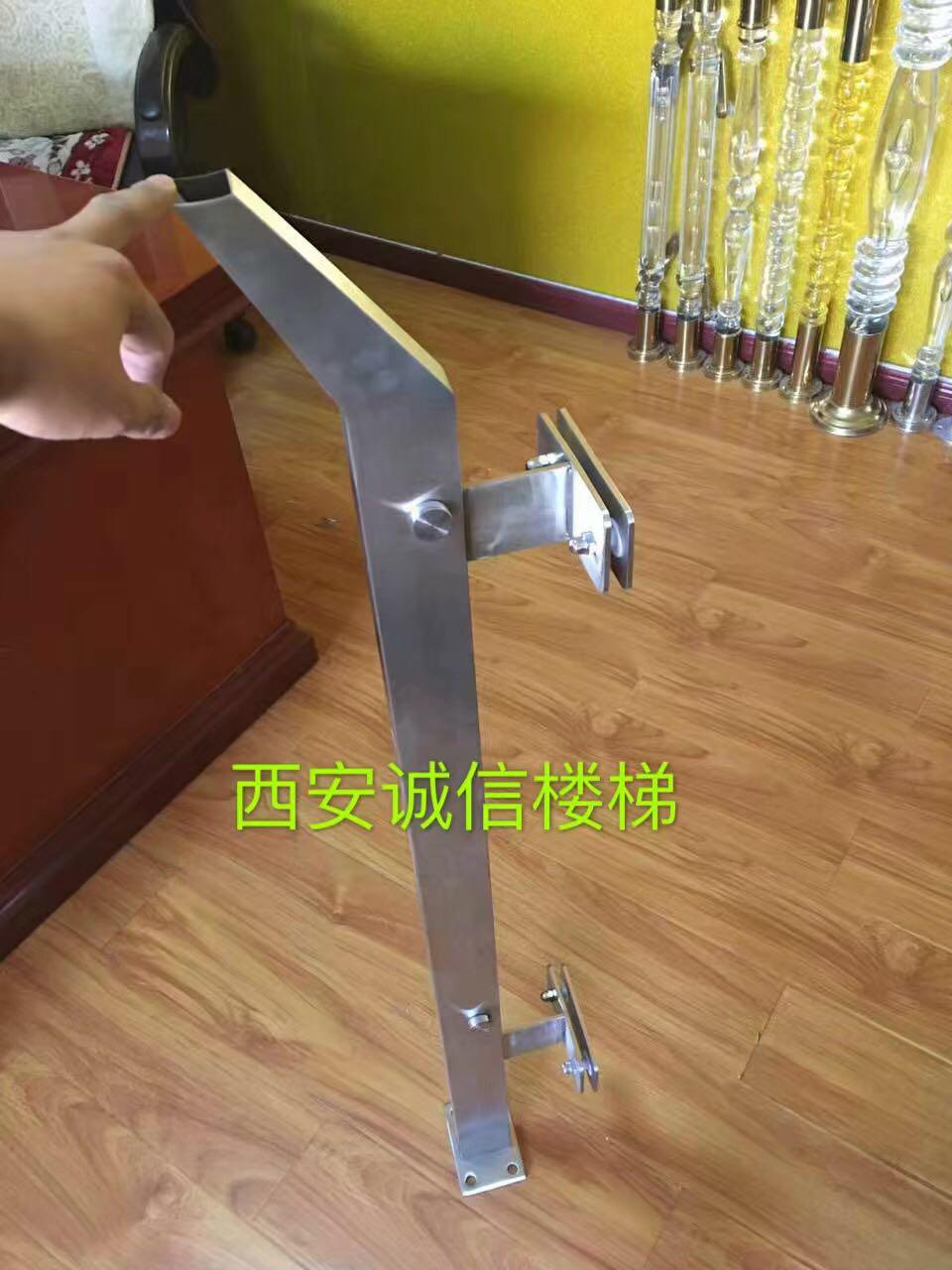 不锈钢立柱-17