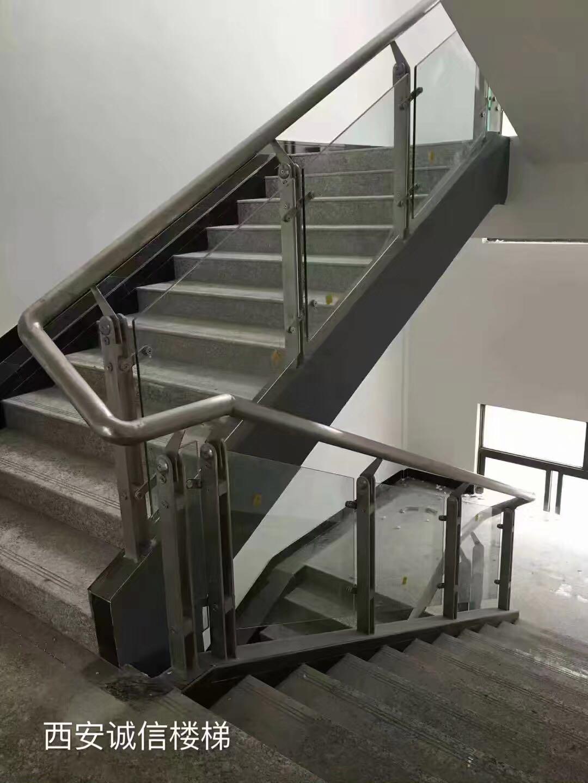 不锈钢楼梯-36