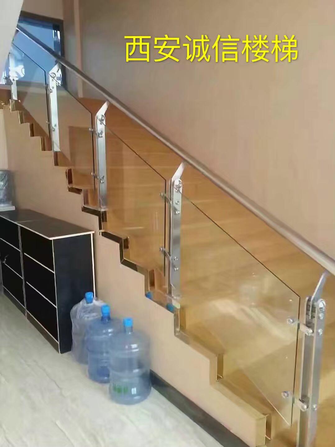 不锈钢楼梯-39