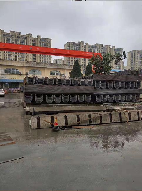 铜川污水厂钢板桩施工