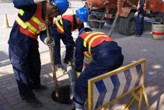 马桶管道疏通用疏通剂会腐蚀管道吗