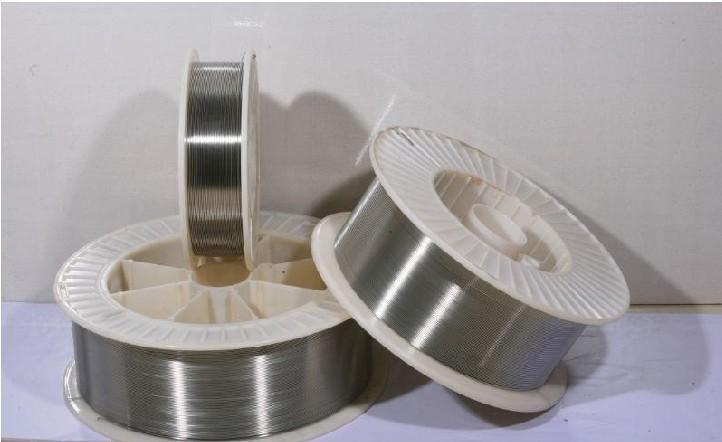 大西洋耐磨焊丝的包装步骤