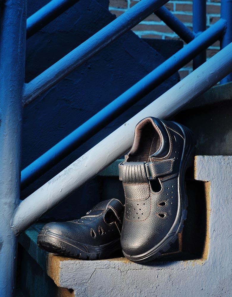 高级户外防水款安全鞋