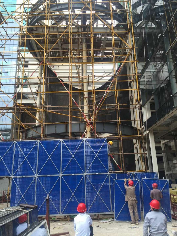 西安工地防护栏与建筑爬架网的特殊性能