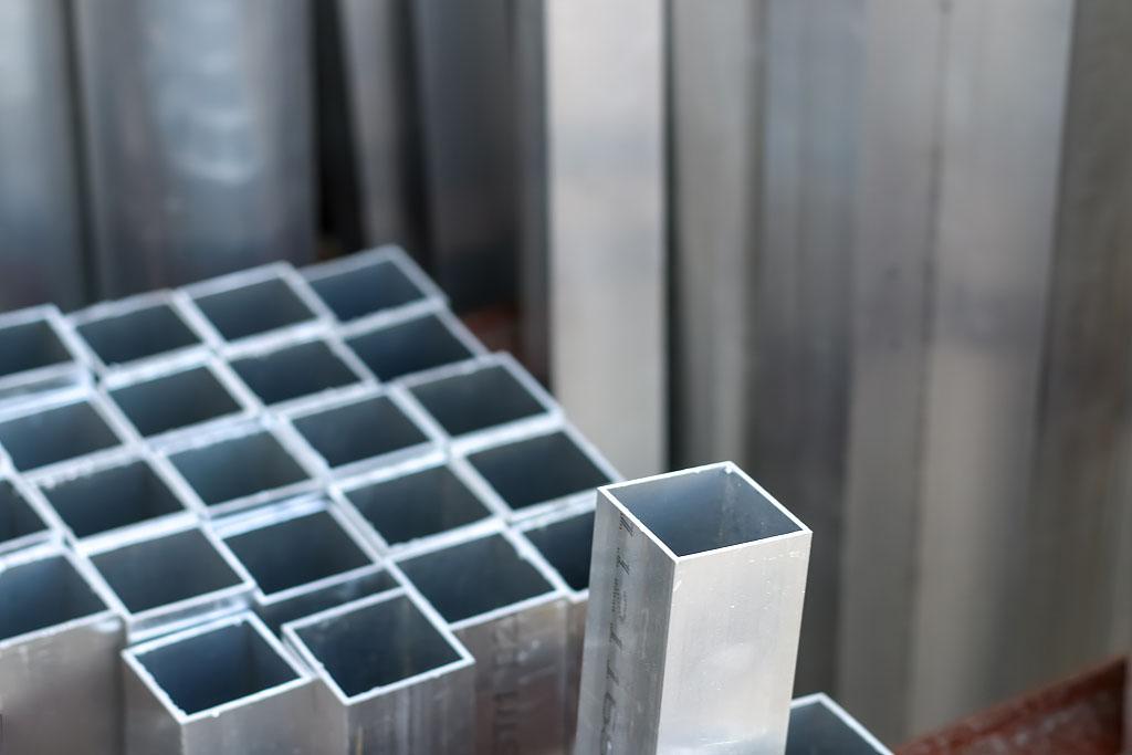 影响西安不锈钢方管的抛光效果的因素(一)