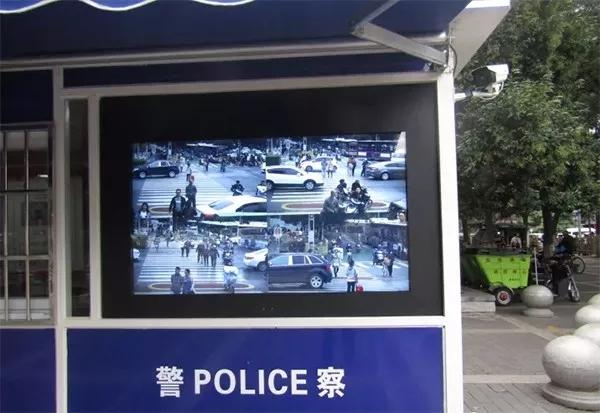 过马路还在闯红灯?小心被人脸识别系统抓住!