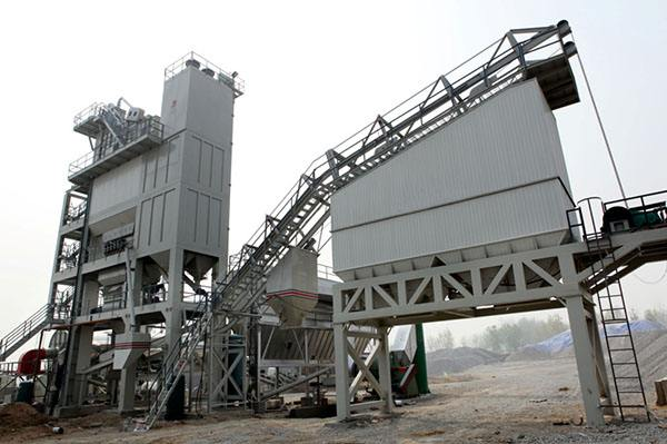 混凝土搅拌站的型号决定了搅拌站的生产率