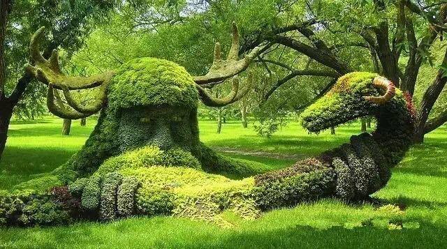 西安草坪雕塑公司