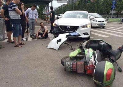 機動車交通事故賠償
