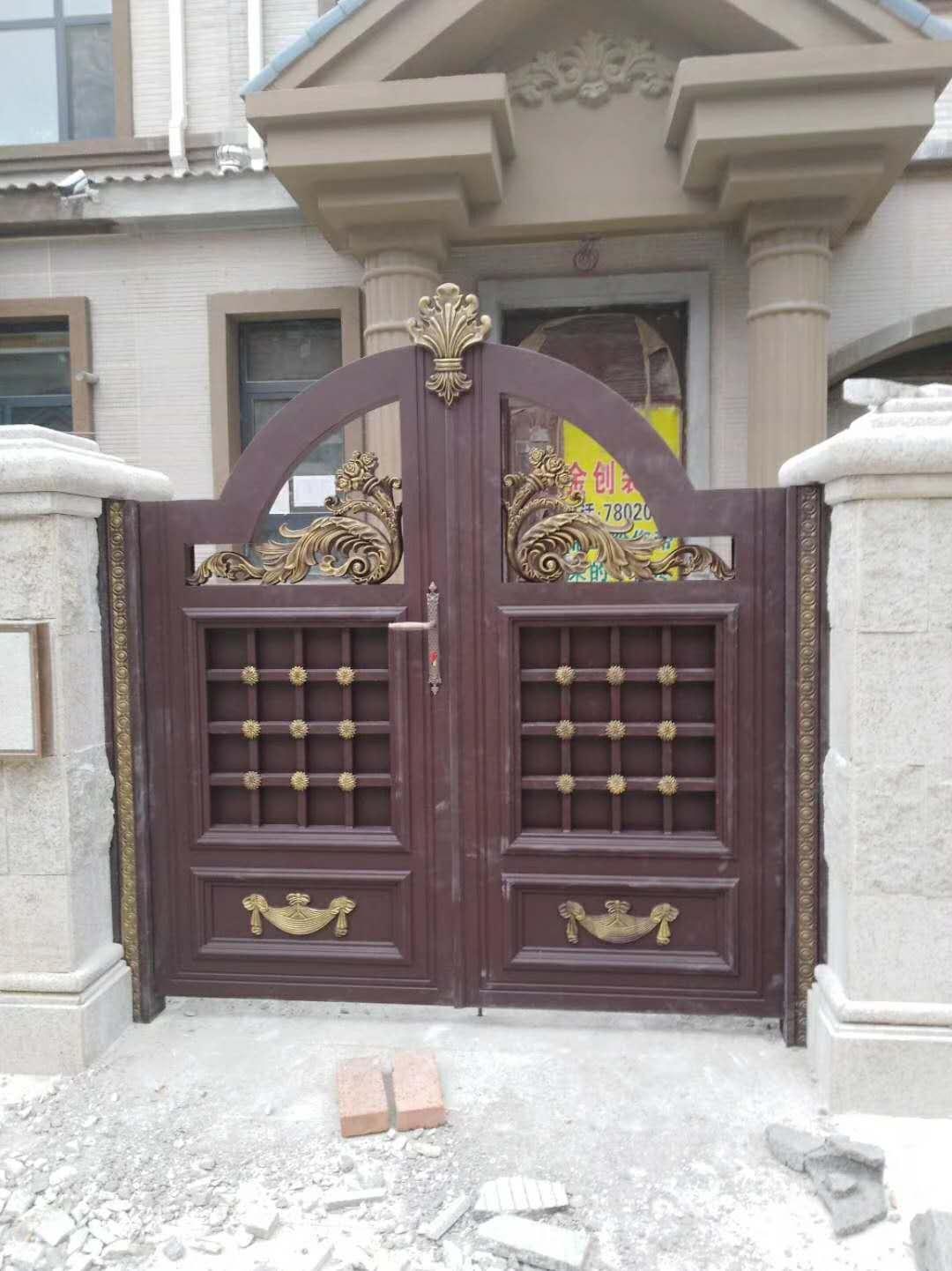 雕花铝艺大门