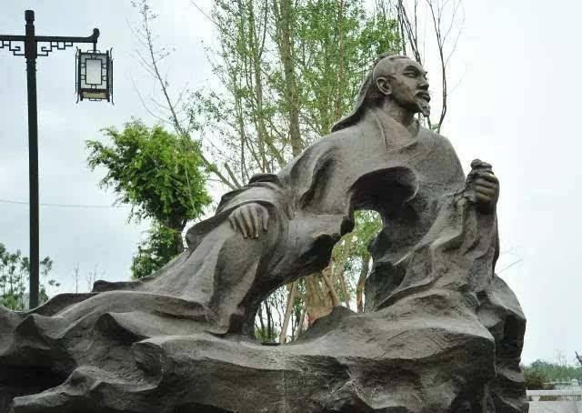 长沙雕塑厂家教您辨别锻铜雕塑的优劣