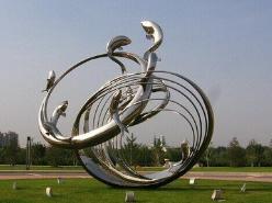 不锈钢雕塑制作到底是怎样进行的?