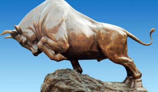 玻璃钢牛雕塑的价格要多少?