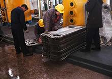 沈阳格瑞特与东北制药厂合作更换换热器
