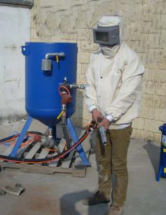 防腐喷砂施工