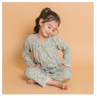 沈阳童装加盟带你了解儿童服装质量辨别方法