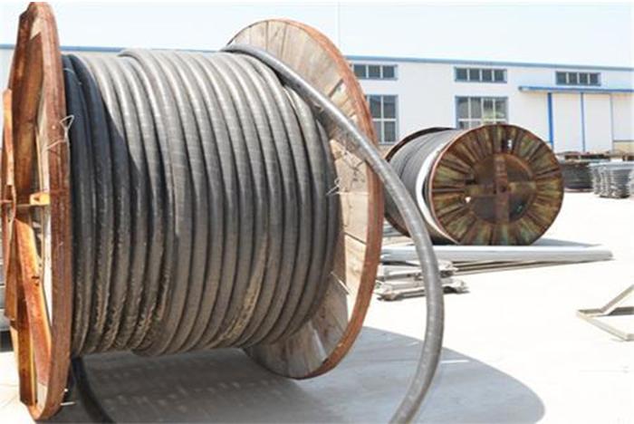 变频器长电缆