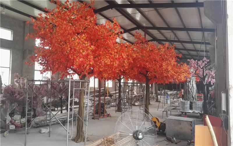 新疆乌鲁木齐楼盘售楼处仿真枫叶树造景